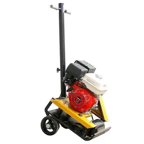 Baumax BS100H Plate Compactor fitted with Honda Engine