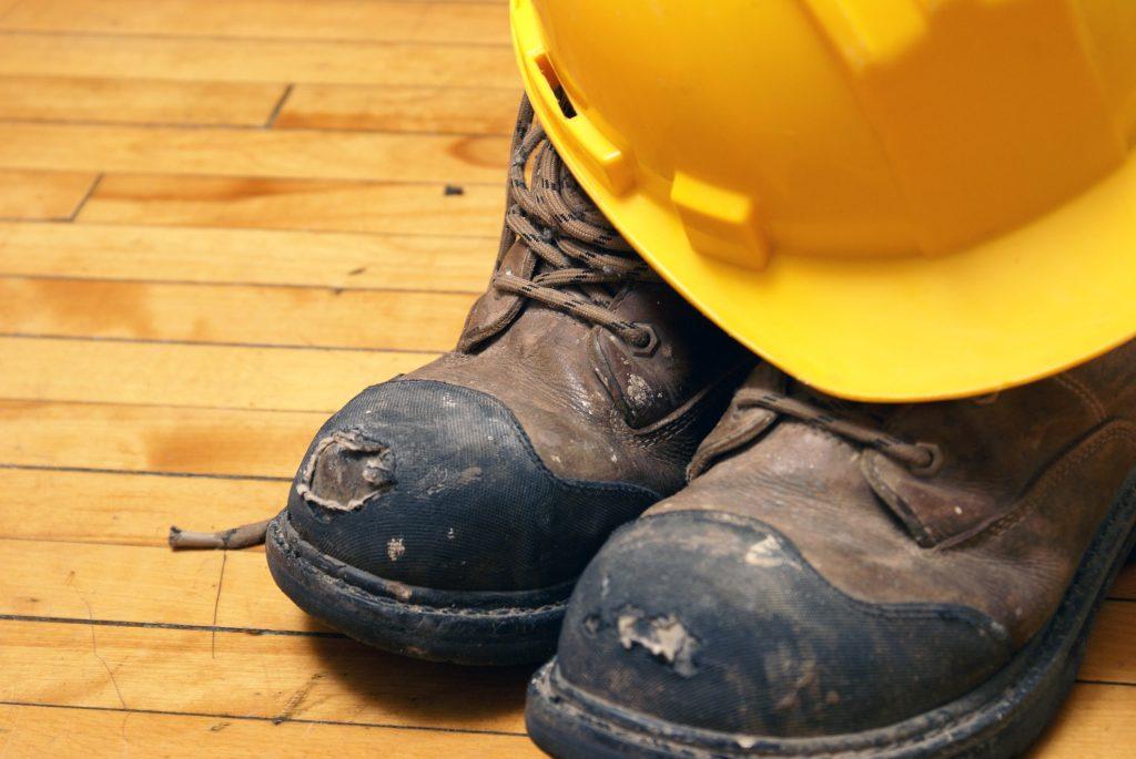 Brushcutters-PPE-steeltoe-boots-min[1]
