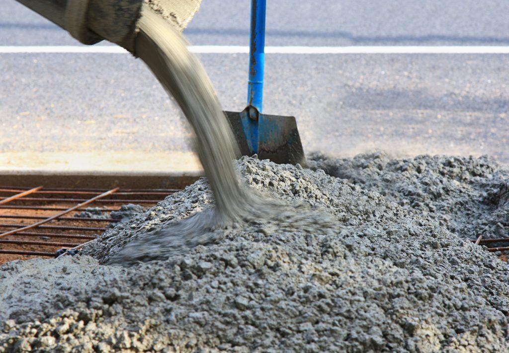 cement-mixers-pouring-concrete -min