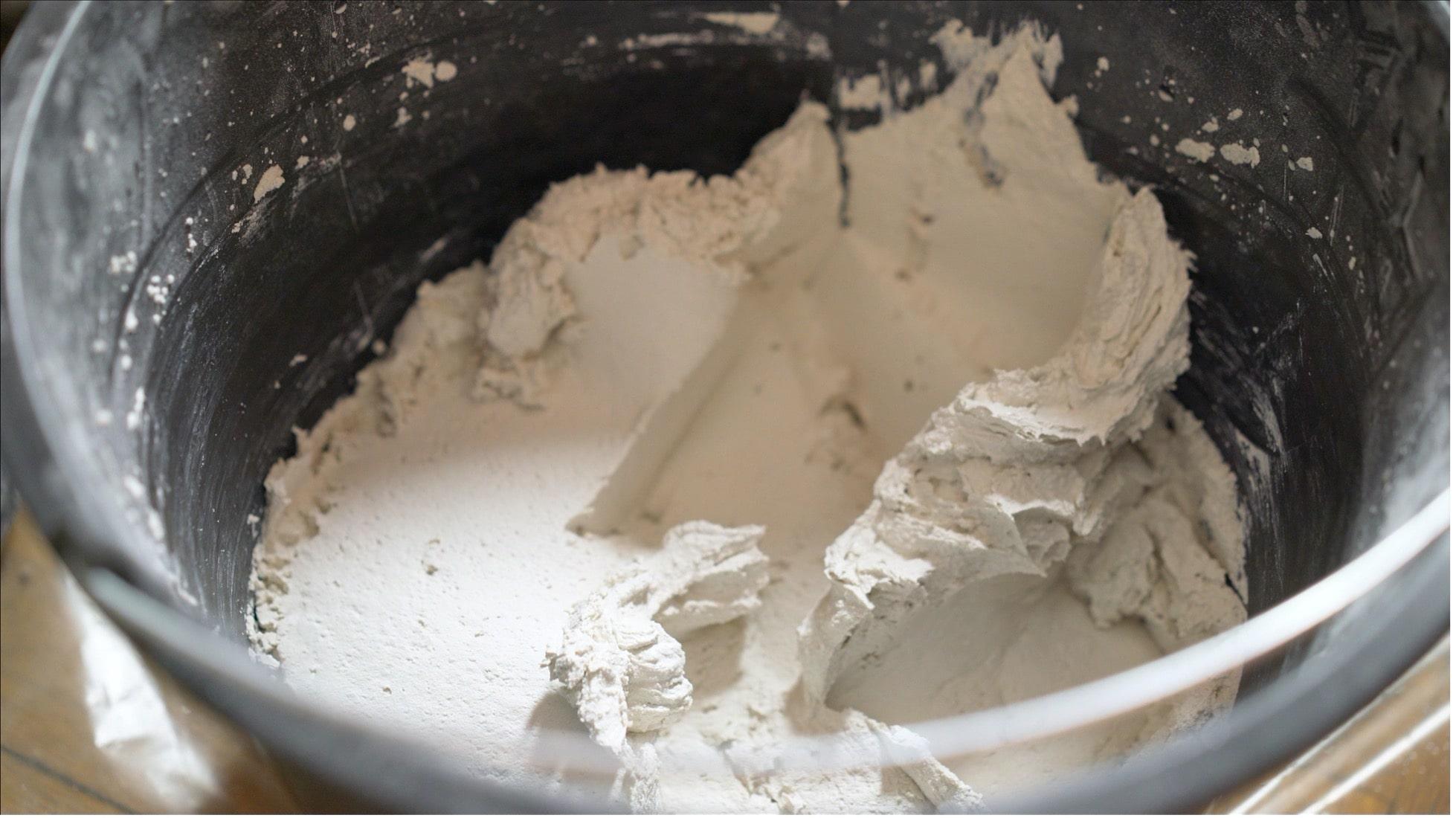 concrete-mixers-cement-clouseup-powder -min