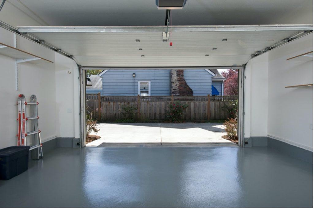 concrete-mixers-garage-floor-ladder-to-left-min