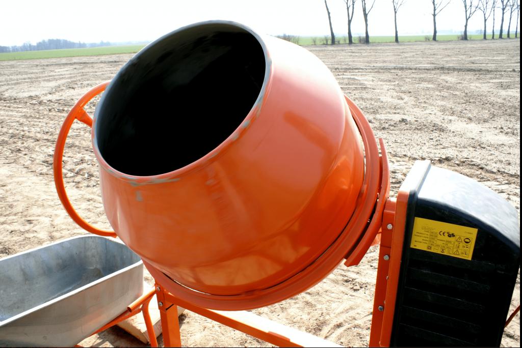 concrete-mixers-orange-closeup-min
