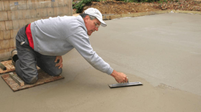 concrete-mixers-trowel-finish-min