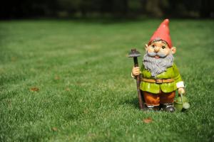 ride-on-mower-gnome-min