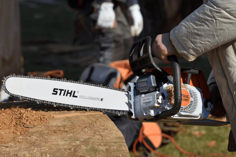 Stihl-Cape-Town-chainsaw-on-stump-min