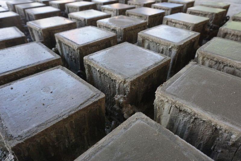 concrete-mixers-concrete-block-moulds-min