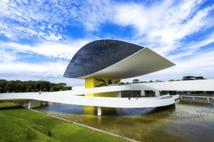 concrete-mixers-oscar-niemeyer-museum-min