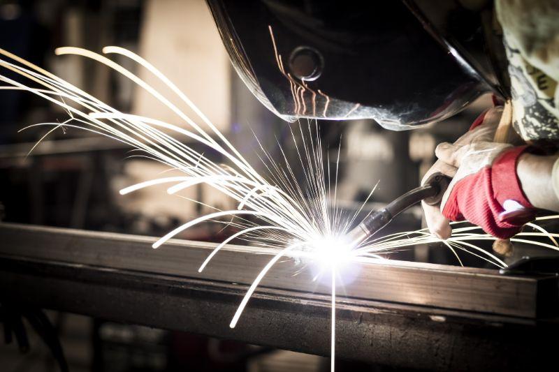 concrete-mixers-welding-steel-min