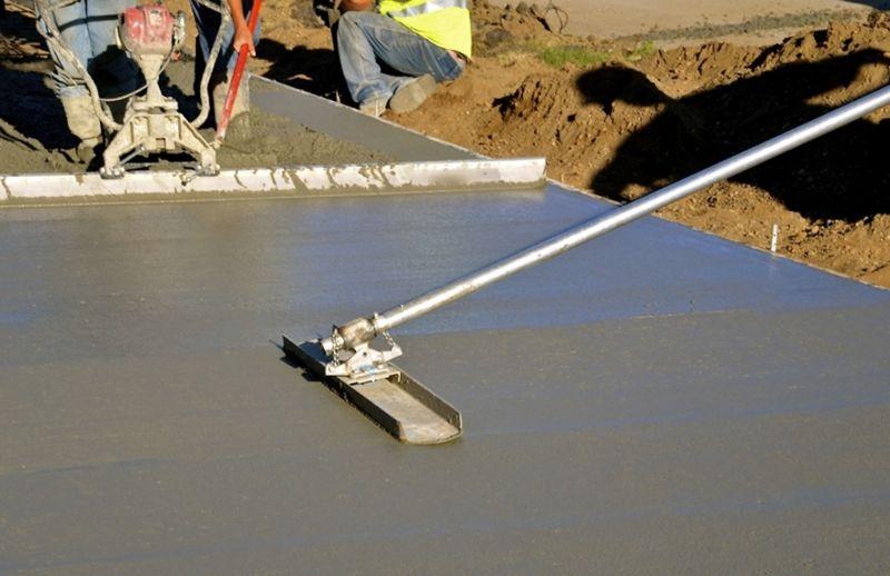 concrete-mixers-bull-float-min