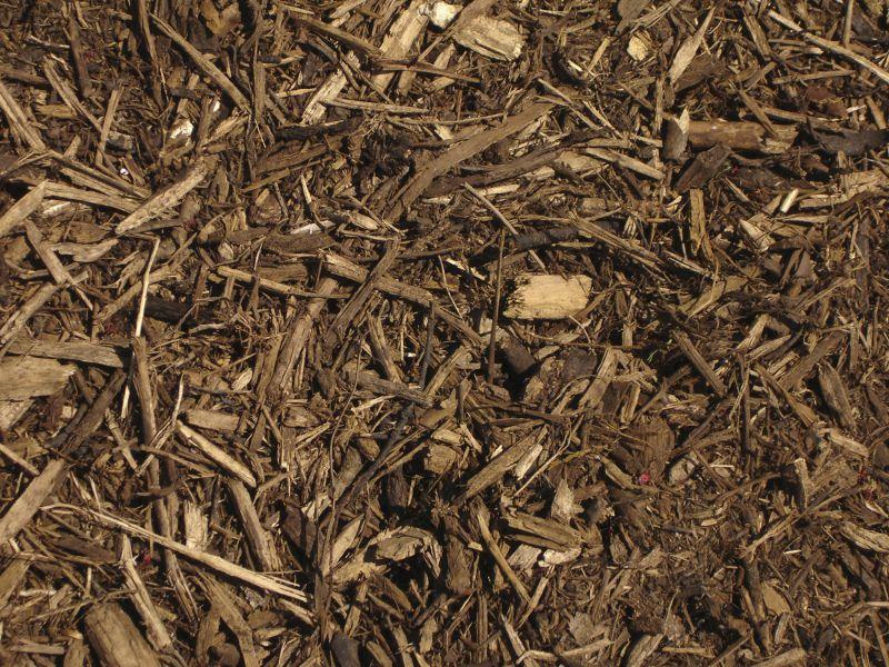 ride-on-mower-bark-mulch-min