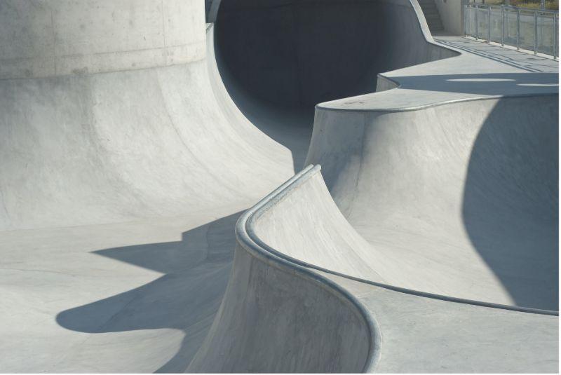 concrete-mixers-skate-ramp-plain-white-concrete-min